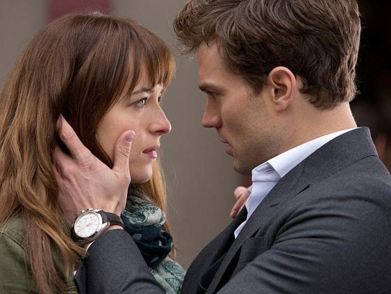 Dakota Johnson en Jamie Dornan in 'Fifty Shades Of Grey'.