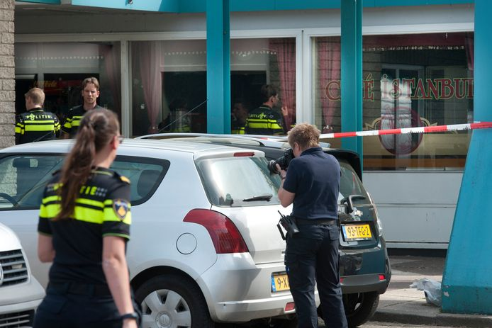 Onderzoek na de 'Malvertmoorden' in Nijmegen.