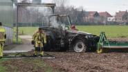Tractor uitgebrand op landbouwbedrijf