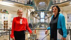 """Televisieprogramma Ooit Vrij toont werk psychologen Natalie en Els in gevangenis Dendermonde: """"Hier werken is een roeping"""""""