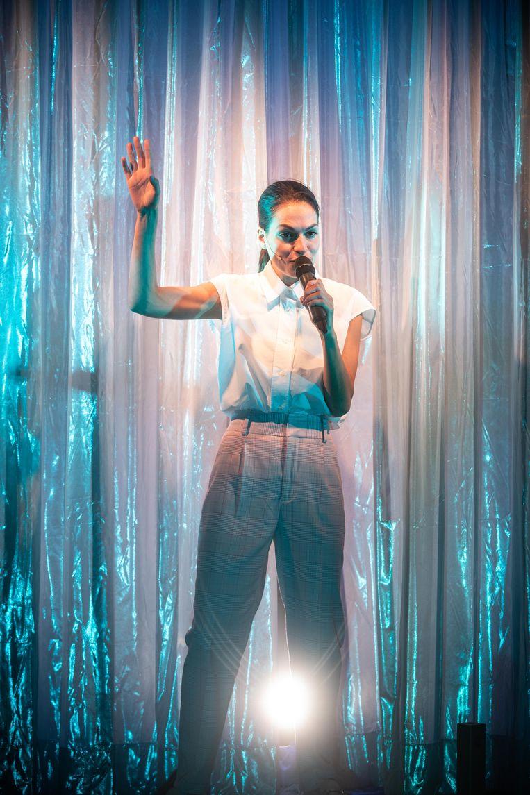 Show must go on door Stephanie Louwrier Beeld Bart Grietens