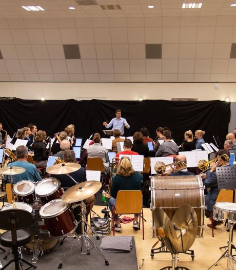 Jubilerend Regio-orkest Oost-Brabant (ROB) viert feest in de regio
