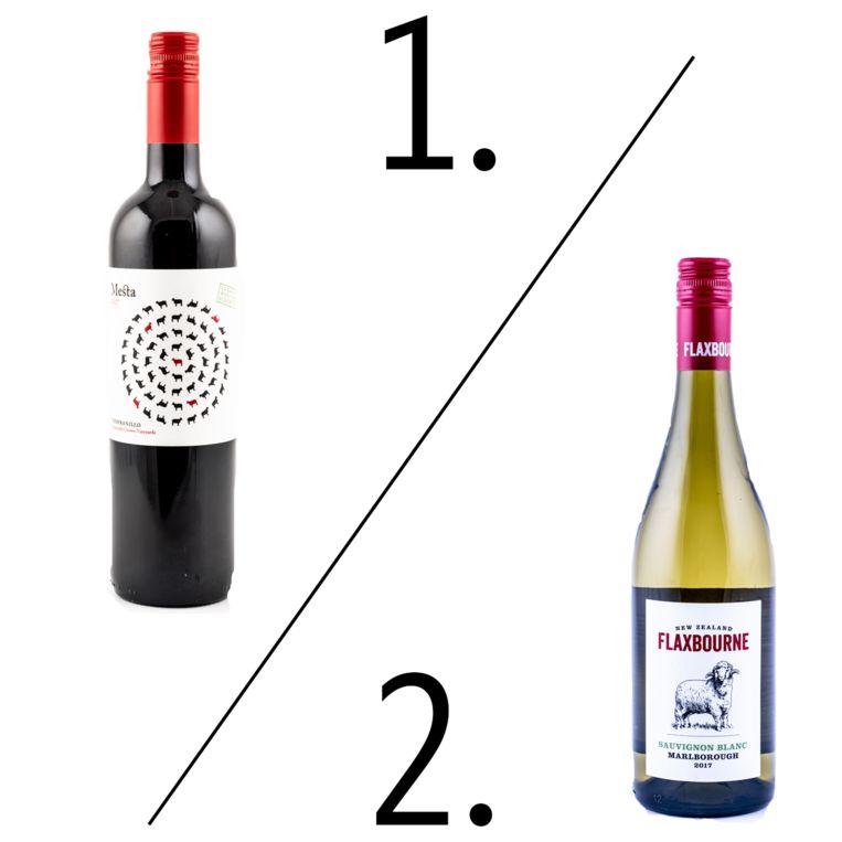 Albert Heijn 1. Mesta Tempranillo Organic 2. Flaxbourne Sauvignon Blanc  Beeld Bart Leye