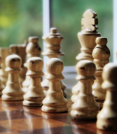 Mareco maakt zijn favorietenrol waar op HZ-schaaktoernooi