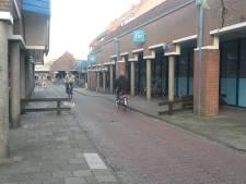 Verouderde winkelcentra in drie wijken op de schop