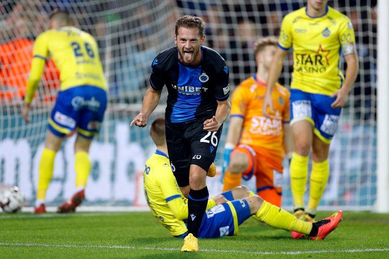 Mats Rits viert een zege van Club Brugge (de kampioen) tegen Waasland-Beveren (de degradant). Beeld Photo News