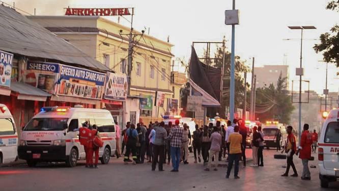 Aanslag op hotel in Mogadishu: zeker 17 doden en tientallen gewonden, veiligheidstroepen slagen erin belegering te beëindigen