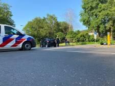 Automobilist belandt in ziekenhuis na aanrijding in Hengelo