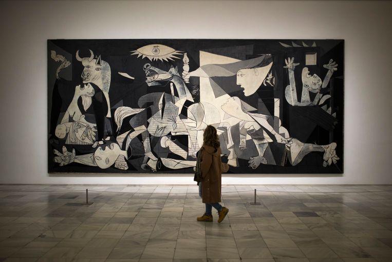 Guernica in het Reina Sofia museum in Madrid. Beeld AP