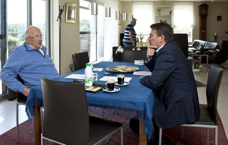 Onze redacteur Jan Segers werd in april ontvangen in het nieuwe appartement van Jean-Luc en Celie Dehaene.
