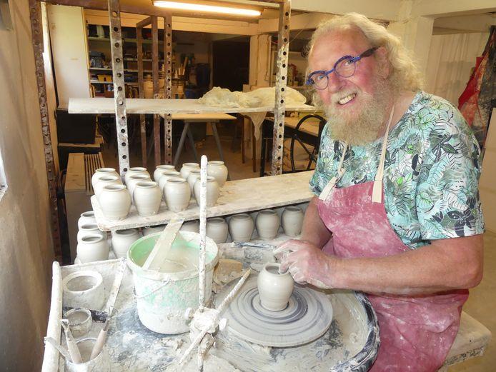 Paul Van Gompel aan het werk.