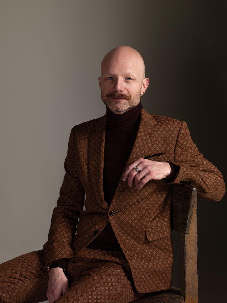 Mattijs van Bergen (Beuningen, 1980) is modeontwerper. De tentoonstelling Royal Fashion Design in de Grote Kerk Breda is een eerbetoon aan zijn magische en kunstzinnige designs en toont oude en nieuwe gerenommeerde 'koninklijke' ontwerpen. De tentoonstelling is open van 5 juni t/m 29 augustus 2021. Beeld Koos Breukel