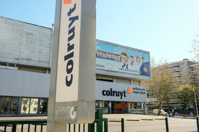 Corona: medewerker van Colruyt in Vorst overleden.