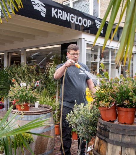 Ondernemer uit Zwartsluis opent nieuwe kringloopwinkel in Nieuwleusen: 'Twee vestigingen levert meer klanten op'