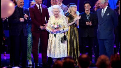 Queen Elizabeth II is jarig: duizenden zingen mee in Royal Albert Hall