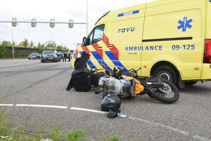 Het ongeval gebeurde iets voor 16.30 vanmiddag op de Dominee Martin Luther Kinglaan in Utrecht.