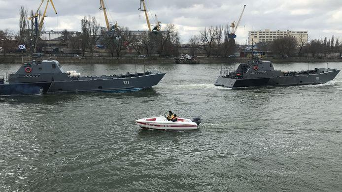 Russische oorlogsschepen op weg naar de Zwarte Zee. Beeld van vorige week dinsdag.