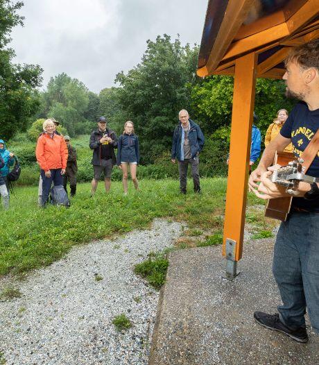 Alleen kampvuur ontbreekt nog bij muzikale wandeling Tim Knol door Natuurpark Lelystad