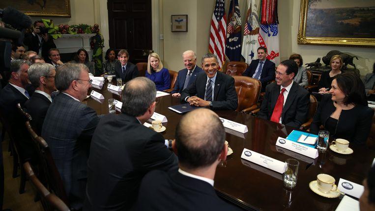 President Obama en vicepresident Joe Biden nodigden in 2013 de toplui van Amerika's belangrijkste technologiebedrijven uit. Beeld GETTY