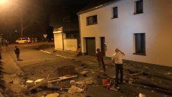 Dolgedraaide man verschanst zich in huis en gooit zowat hele inboedel de straat op nadat deurwaarder passeert: speciale eenheden opgetrommeld