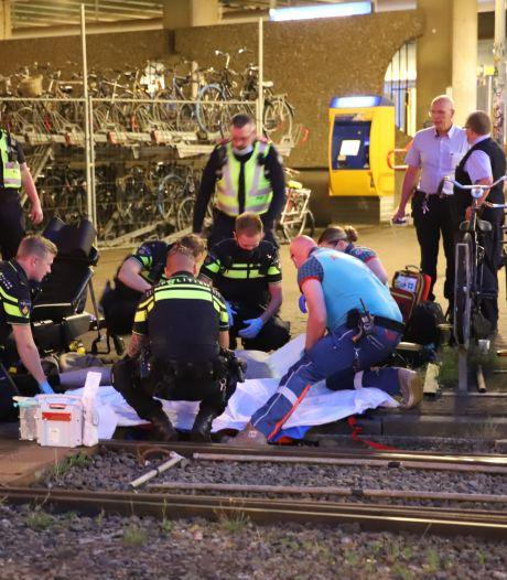 Fietser zwaargewond door valpartij bij trambaan