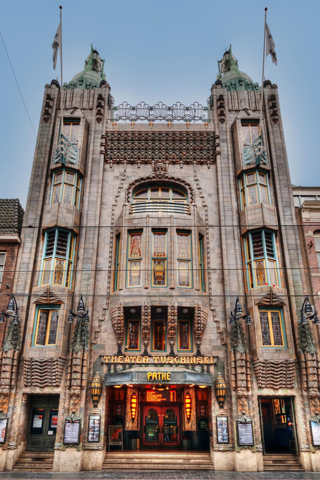 Het 100-jarige Theater Tuschinski. Beeld