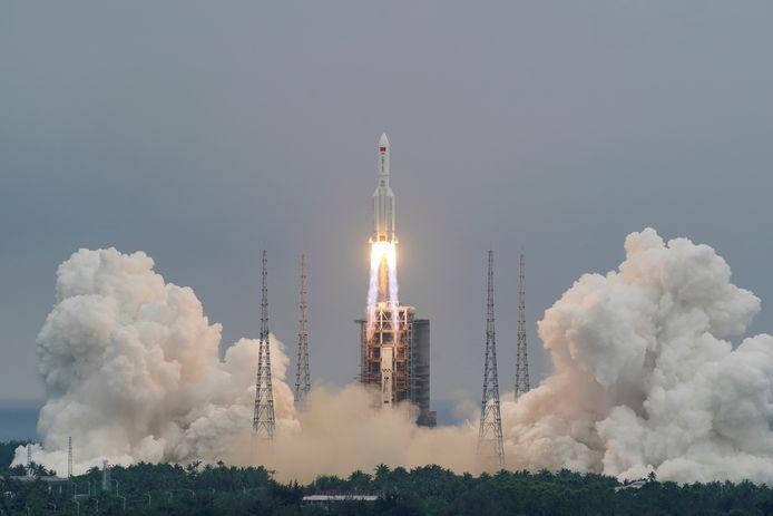 De lancering van de Long March 5B-raket, ruim een week geleden in Hainan.
