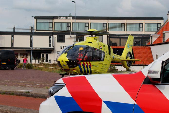 De traumahelikoper bij Lands End in Den Helder.