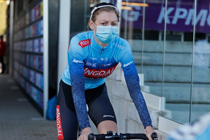 Kelly Van Den Steen mag zaterdag in eigen streek koersen en begint daarna aan de voorbereiding op het tweede deel van het seizoen.