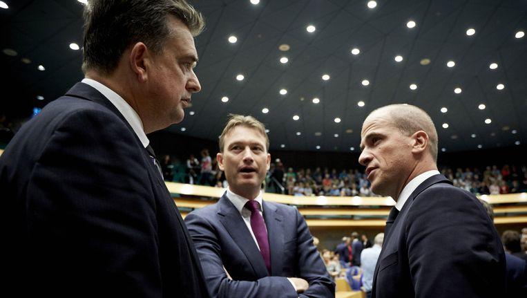 Fractievoorzitters (VLNR) Emile Roemer (SP), Halbe Zijlstra (VVD) en Diederik Samsom (PvdA) in de Tweede Kamer. Beeld anp