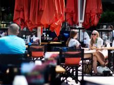 Haagse terrassen mogen bij warm weer uur langer open blijven