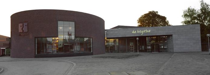De Zeeuwse Uitmarkt vindt plaats op het Goese Cultuurplein, waaraan onder meer theater De Mythe ligt.