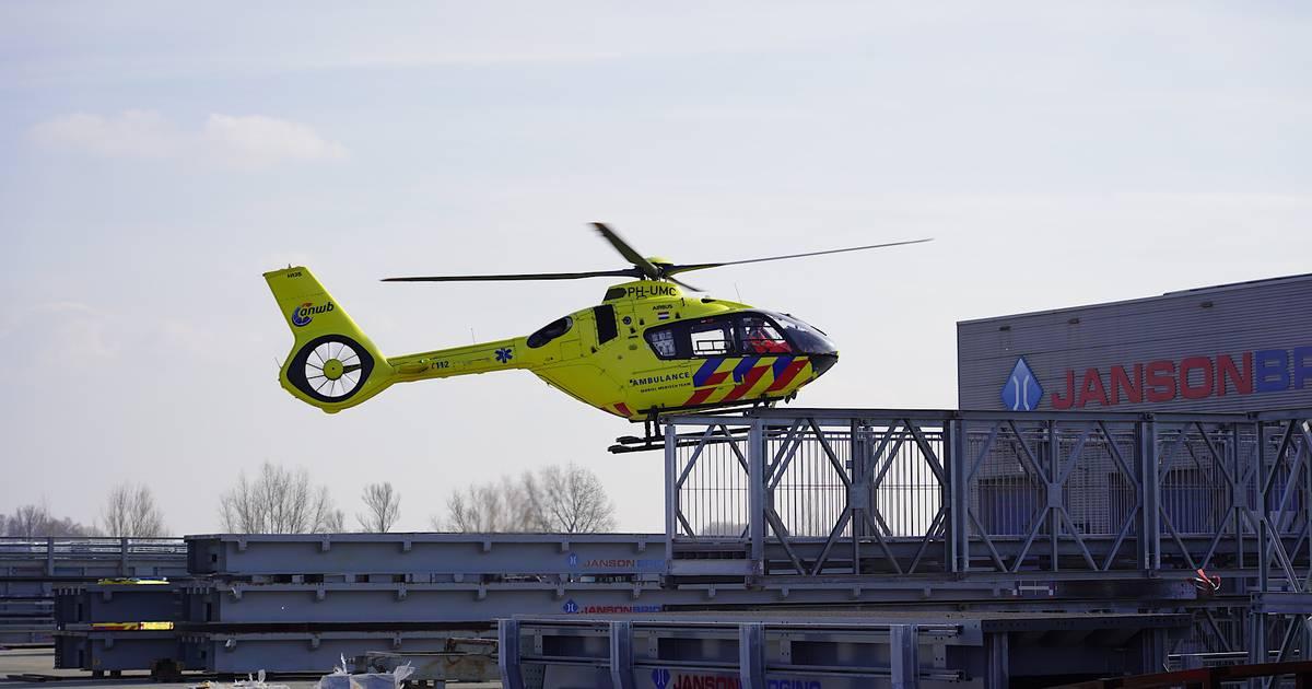 Ernstig gewonde bij ongeluk met enorme stalen constructie Janson Bridging in Hank.