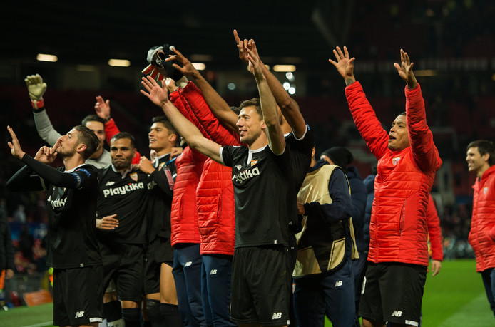 Sevilla plaatste zich na 60 jaar weer voor de kwartfinales van de Europa Cup  I  2b594c3de9eb0