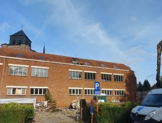 Oud schoolgebouw in Sint-Dimpna ruimt plaats voor groen plein