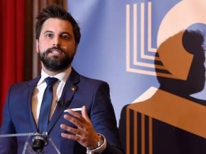 """Bouchez: """"Le premier défi, ce sont les populistes et les extrémistes"""""""