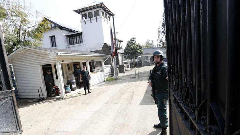 De gevangenis waar generaal Mena gevangen zat. Beeld reuters
