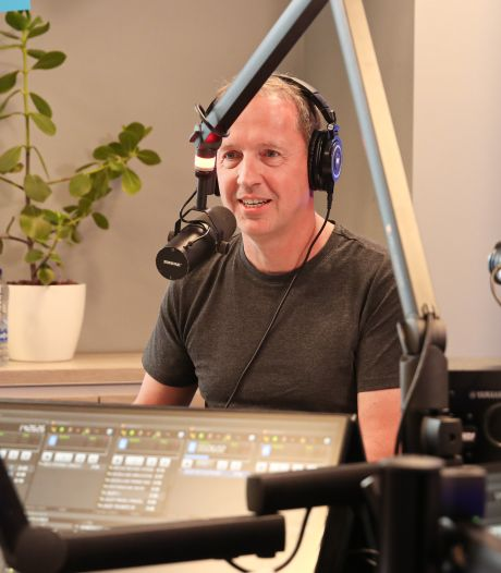 Edwin Evers vervangt Rob Stenders tijdelijk op de radio