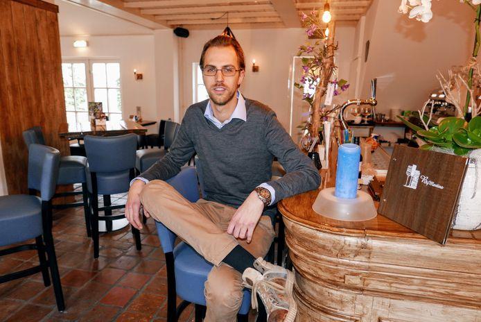 """Martin van de Sande opende onlangs zijn eigen horecazaak BijMartins aan de Kerkstraat in Haaren. ,,Ik wil dat alle generaties zich hier thuisvoelen."""""""