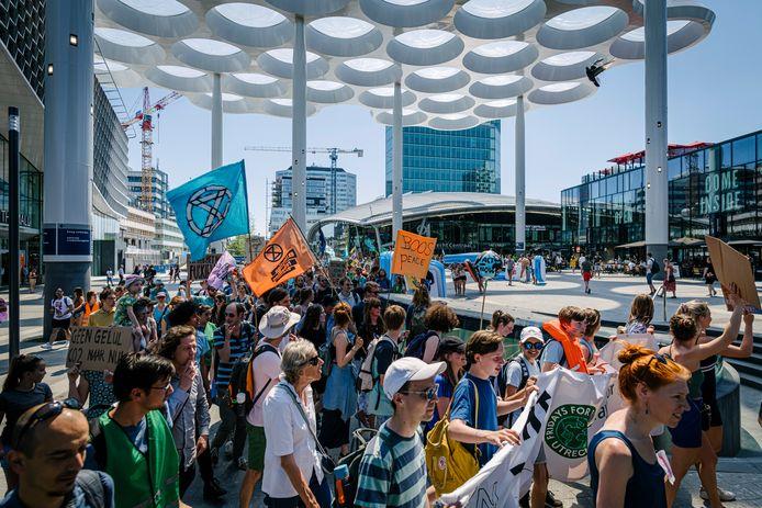 Het klimaatprotest onder het bollendak op het station in 2019.