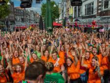 Studenten overspoelen Nijmeegse binnenstad: alle remmen los met een QR-code