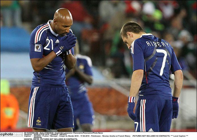 Nicolas Anelka (links) met Franck Ribéry bij de Franse nationale ploeg op het WK in 2010.