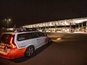 """Les stations-service du Ring de Bruxelles, ces nouveaux lieux de rassemblement pour les jeunes: """"Ce sont les nouveaux cafés"""""""
