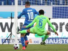 Zaag van de week: ploeggenoot Weghorst krijgt rood na ongekende aanslag