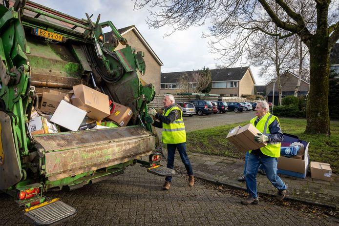 Het doek valt definitief voor de papierinzamelaars van de OPA in Steenwijk.