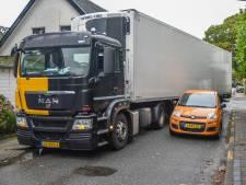 Vrachtwagens die zich vastrijden en wildplassende chauffeurs: 'Je kunt niet steeds eigen rechter spelen'