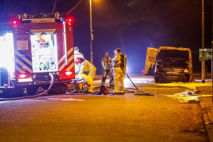 Busje uitgebrand aan de Baltesakker in Eindhoven.