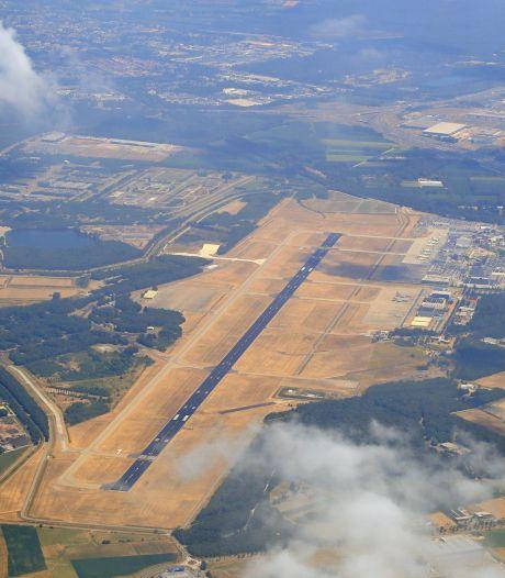 Vliegen mogelijk duurder door nieuw landingssysteem dat na jaren einde moet maken aan mist-ellende Eindhoven Airport