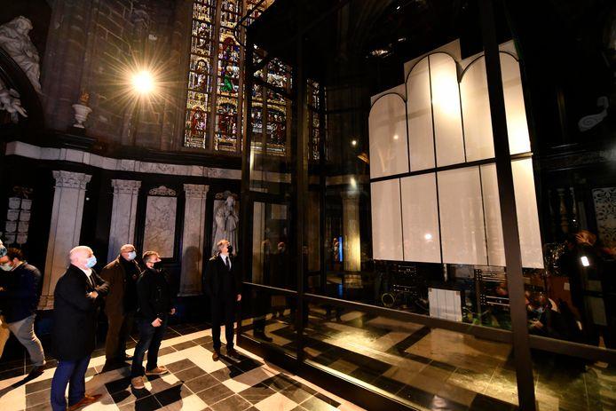 Binnenkort verhuist het Lams Gods naar een vitrine in de Sacramentskapel.