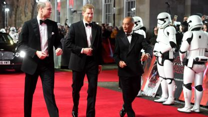 Grote fans: William en Harry tekenden present op de Europese première van Star Wars in Londen